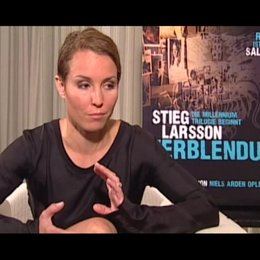 Noomi Rapace zur Frage ob sie das Buch gelesen hat - OV-Interview