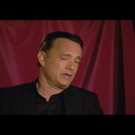 "Tom Hanks (""Robert Langdon"") über Ron Howard - OV-Interview Poster"