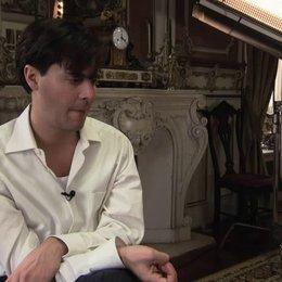 Jack Huston über das Drehbuch und die Romanvorlage - OV-Interview