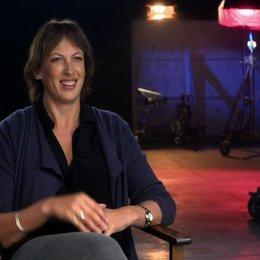 Miranda Hart über ihre Rolle Nancy - OV-Interview Poster