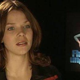 Jessica Schwarz über die Story, den Humor des Films, Rita und über Versprecher bei den Synchronarbeiten - Interview