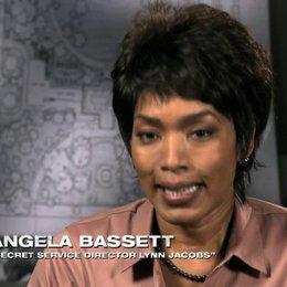 Angela Basset über das Projekt - OV-Interview Poster