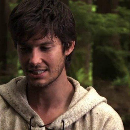 Ben Barnes über das Zusammentreffen von Tom und Alice - OV-Interview