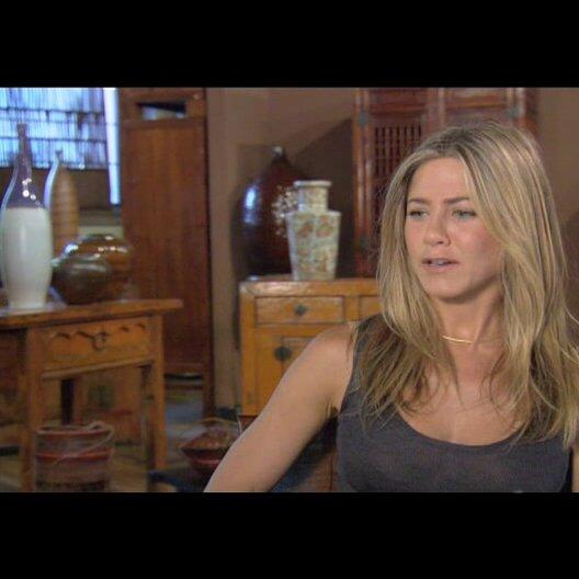 Jennifer Aniston (Nicole Hurley) über Gerard Butler - OV-Interview Poster
