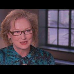 """MERYL STREEP - Margaret Thatcher - über die schönsten Seiten an der Arbeit zu """"Die Eiserne Lady"""" - OV-Interview"""