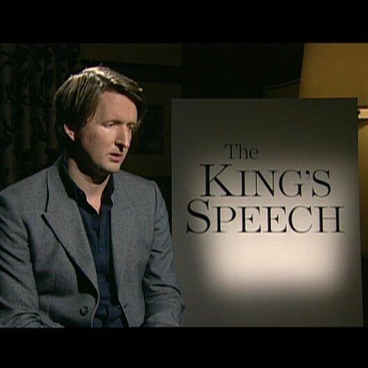 Tom Hooper (Regisseur) über Colin Firth - OV-Interview Poster