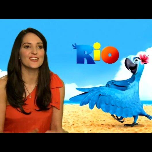 Johanna Klum über ihr Gefuehl als Papagei - Interview Poster