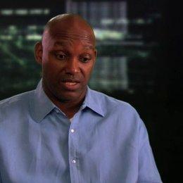 Broderick Johnson über die Dynamik zwischen Will Caster und RIFT - OV-Interview