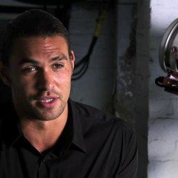 Interview mit Jason Momoa - OV-Interview Poster