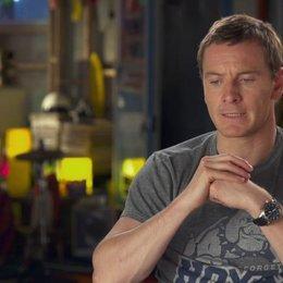 Michael Fassbender - Erik Lehnsherr - über sein Interesse an der Filmreihe - OV-Interview