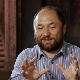 Timur Bekmambetov über die Stunt-Arbeit im Film - OV-Interview Poster