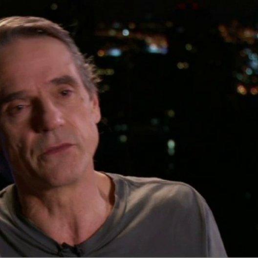 Jeremy Irons (John Tuld) über die Story, das Drehbuch und den Film als Erklärung für die Krise - OV-Interview