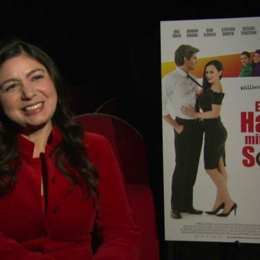Hatice Akyün über Herz und Seele, über Männer, über Lieblingsklischees - Interview Poster