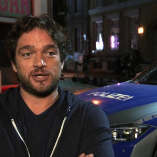 Ronald Zehrfeld über die Action - Interview