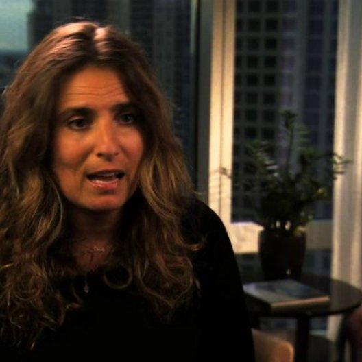 Lisa Azuelos über das Remake - OV-Interview Poster