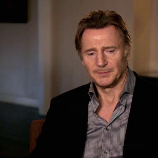 Liam Neeson - Bill Marks - über Jaume Collet-Serra - OV-Interview Poster