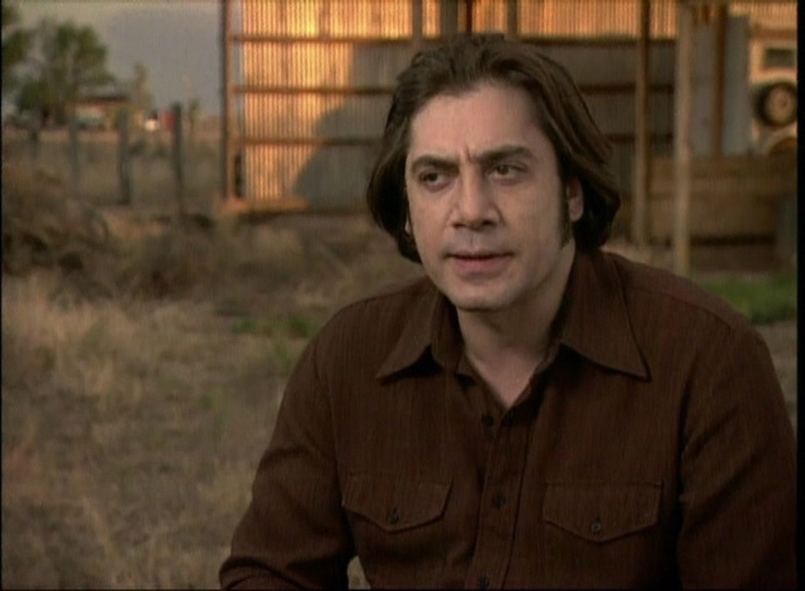 no country for old men film Watch no country for old men full movie free violence and chaos take place after a rogue stumbles on a drug deal went wrong and over 2 million bucks in.