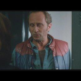 Agathe - ISABELLE HUPPERT - ist nicht erfreut, Patrick - BENOIT POELVOORDE - ein zweites Mal zu sehen - Szene