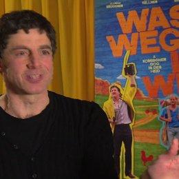 Christian Lerch (Regisseur) über die verschlafene Energiewende festgemacht am Koma von Onkel Sepp - Interview