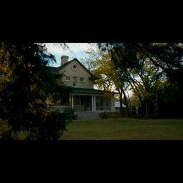 Sarah hat ein Haus für ihre Familie gefunden - Szene