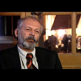 Vedat Erincin (Hüseyin - alt) über die Gastarbeiter - Interview