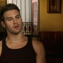 Ryan Guzman - Sean über Scott Speer - OV-Interview
