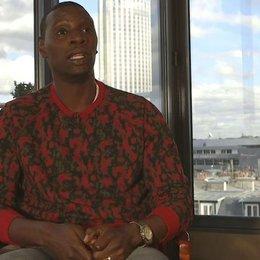 Omar Sy - Samba - über die Zusammenarbeit mit zwei Regisseuren - OV-Interview