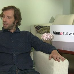 Oliver Korittke darüber was ihn an der Rolle gereizt hat - Interview Poster