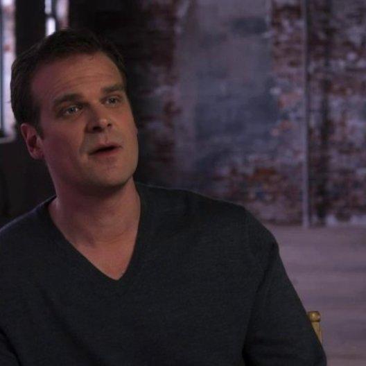 David Harbour über Serienkiller in Filmen - OV-Interview