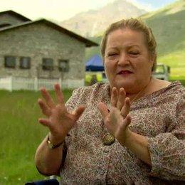 Marianne Sägebrecht (Oma) warum Oma zu Martina zieht und den Film, Rom und Lorenzo - Interview
