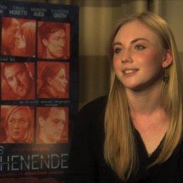 Elisa Schlott über Inga und Jens - Interview Poster