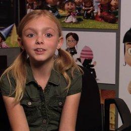 Elsie Fisher über Agnes Wunsch nach einer Freundin für Gru - OV-Interview Poster