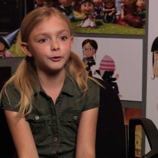 Elsie Fisher über die Minions - OV-Interview Poster