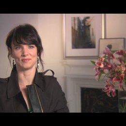 Juliette Lewis ueber die Arbeit mit zwei Regisseuren - OV-Interview