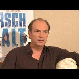 Herbert Knaup über den Umgang seiner Figur Berg mit ihrem Scheitern - Interview Poster