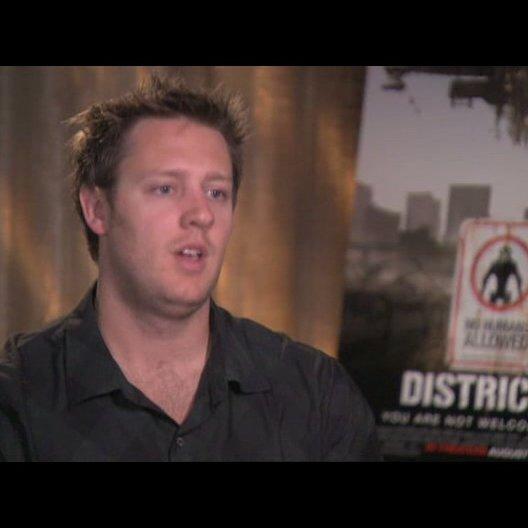 Neill Blomkamp über den Film - OV-Interview Poster