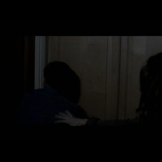 Renai (ROSE BYRNE) Josh Lambert (PATRICK WILSON) und Joshs Mutter (BARBARA HERSHEY) finden Daltons Zimmer komplett verwuestet auf - Szene Poster