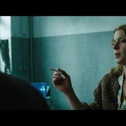 Begegnung mit Hans im Waschraum - Szene Poster