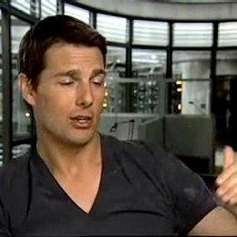 Tom Cruise über die Arbeit mit J.J. Abrams, die Stunts und seine Vorbereitung auf den Film. - OV-Interview Poster