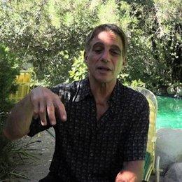 Tony Danza über die Ideen des Films - OV-Interview Poster