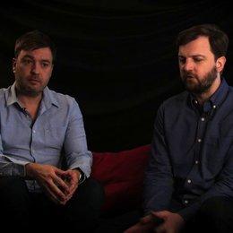 Damon Beesley & Iain Morris über ihre Entscheidung in Australien zu drehen - OV-Interview Poster