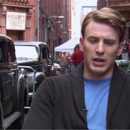 Chris Evens - Steve Rogers - Captain America - über Die Geschichte - OV-Interview Poster