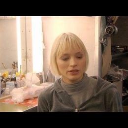 Mavie Hörbiger über ihre Besetzung - Interview