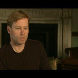 Guy Pierce (King Edwards VIII) über die Gründe diese Rolle zu spielen - OV-Interview Poster
