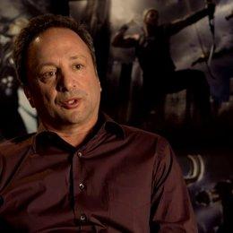 Louis D Esposito - Ausführender Produzent über seine Reaktion zum Drehbuch - OV-Interview