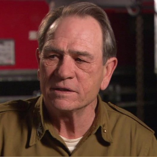 Tommy Lee Jones - Col Chester Phillips - über Seine Rolle - OV-Interview Poster