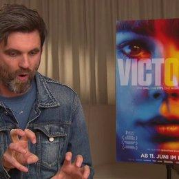 Sebastian Schipper - Regisseur - über die Herausforderungen des One Takes - Interview Poster