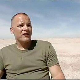 """Peter Sarsgaard (""""Troy"""") über das Drehbuch, den Alltag der Soldaten im Krieg und den Film - OV-Interview Poster"""