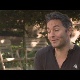 Ol Parker - (Drehbuch) über die Reaktionen des Casts auf Indien - OV-Interview