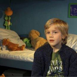 Noah Kraus über Bens Beziehung zu seinem Vater Fred - Interview Poster